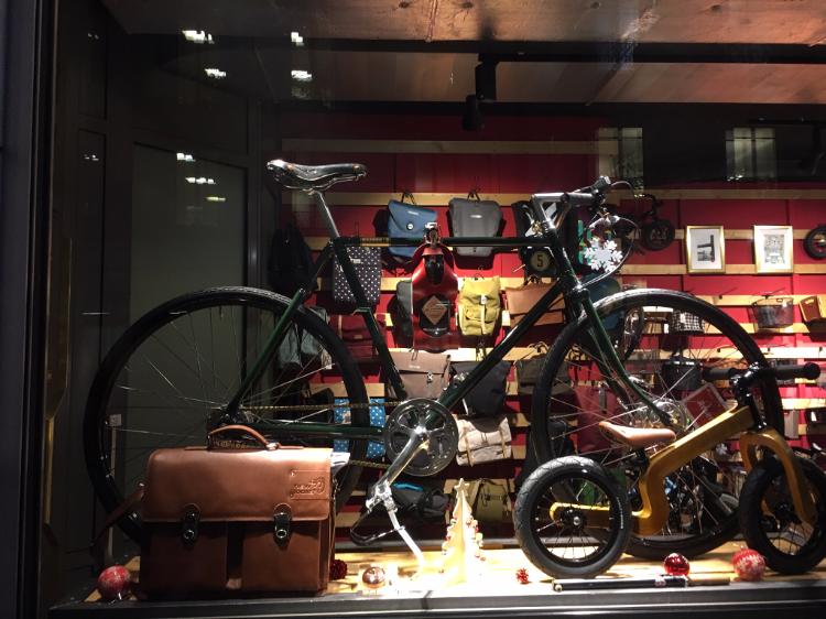 Noël à vélo… toutes les idées cadeaux Cyclable à Genève !